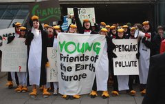 Young Friends of the Earth Rally for Environmental Justice_10